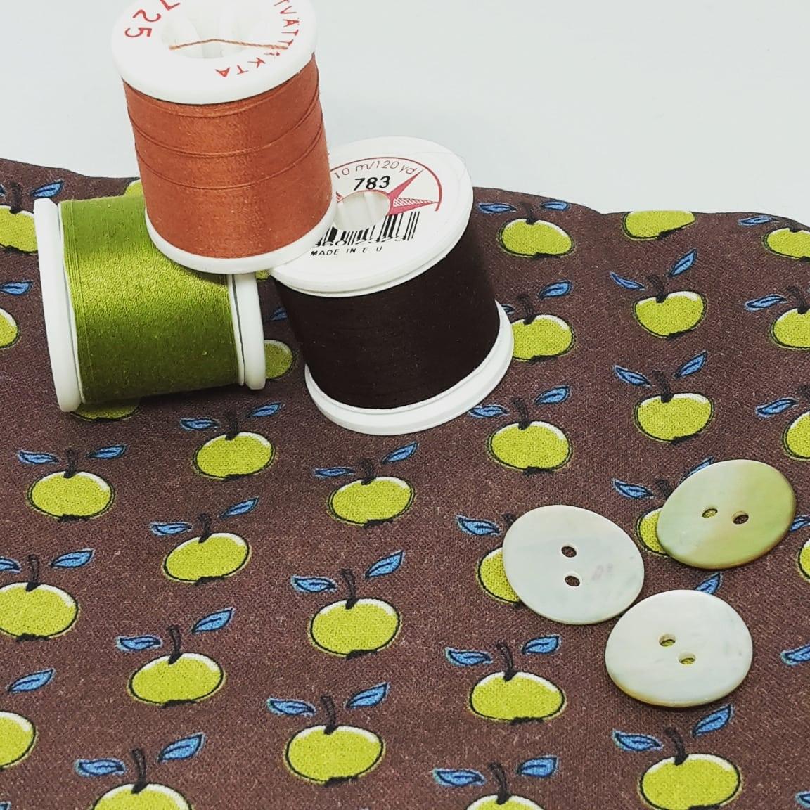 bomullstyg, brun, eva, äpple, knapp